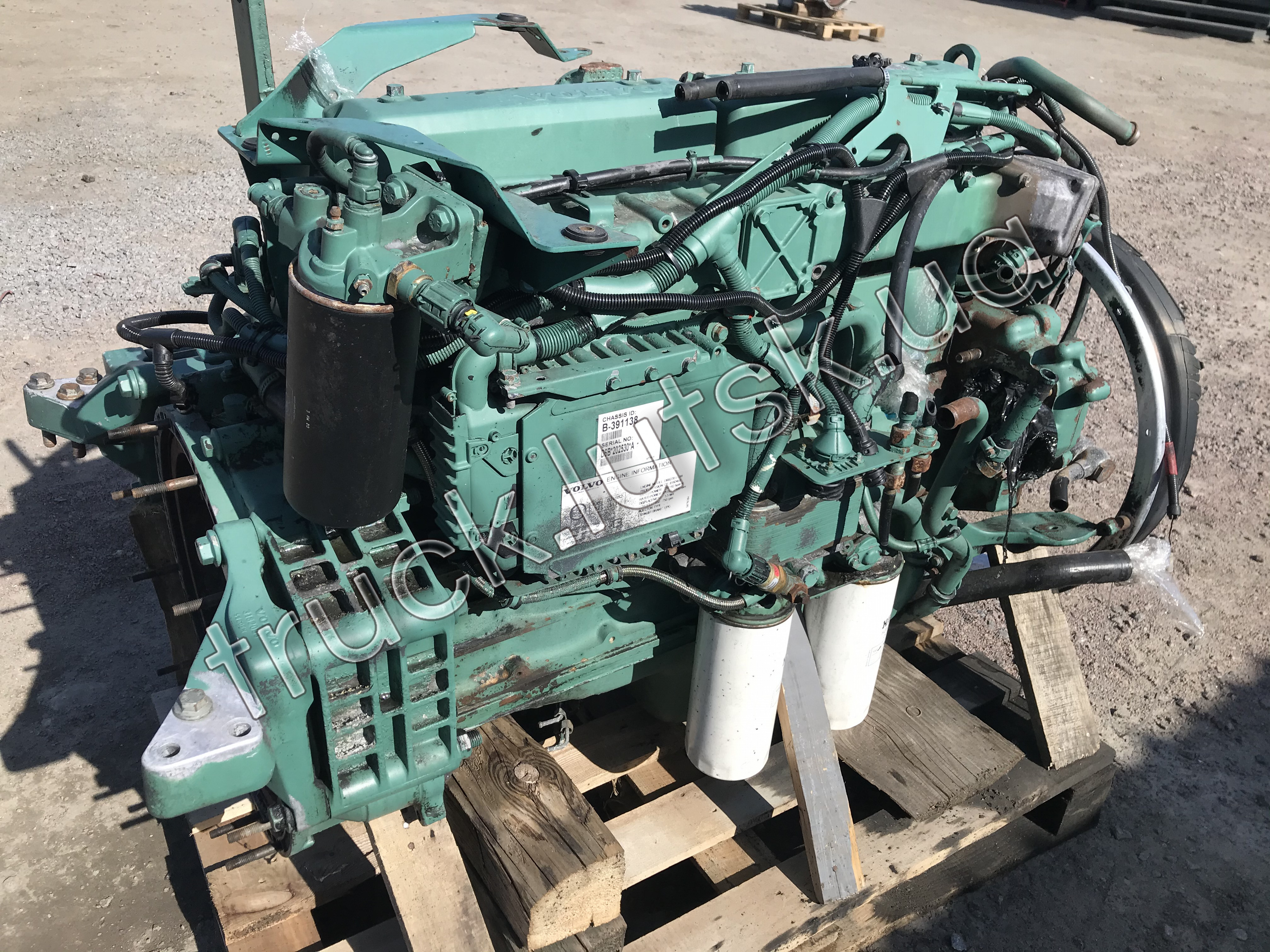 Двигун Volvo FL6 D6B